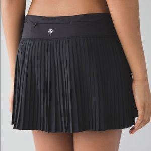 Lululemon Black Pleated Skort